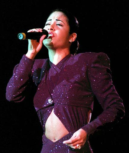 thesis statement on selena quintanilla Selena (1997) (about selena quintanilla-perez) view the movie above write a 750 word minimum essay contextualizing the movie within the matrix of concepts.